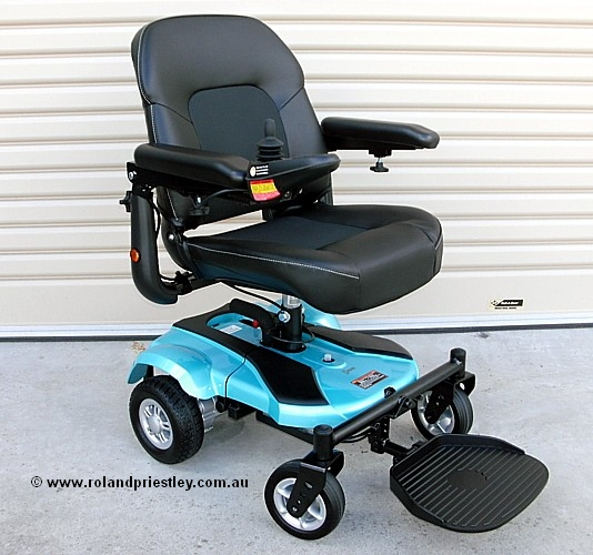 Merits P321 Ezi-Go Compact Power Wheelchair