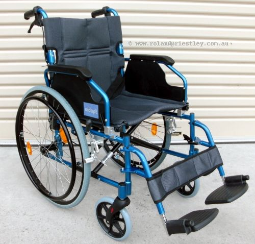 Aidapt VA165 Wheelchair