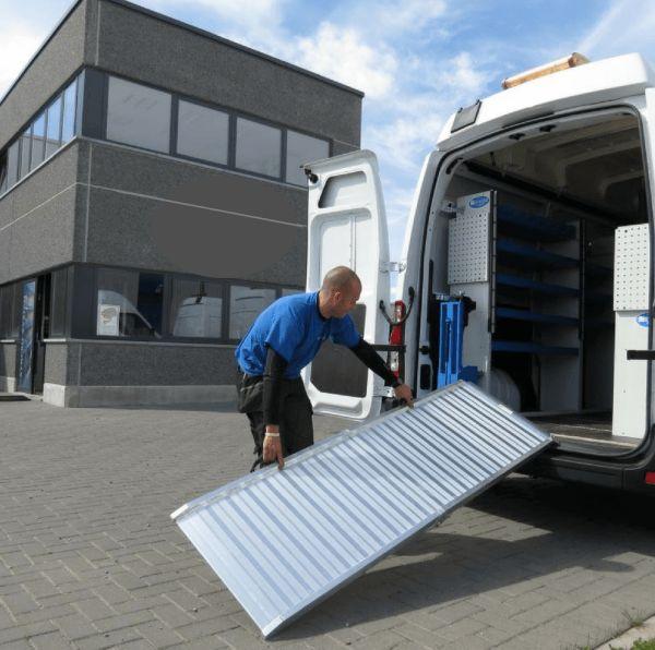 Heeve Walk Loading Ramp Man Van